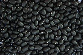 O preço do feijão preto chega em R$ 180,00/sc na zona cerealista.