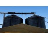 Déficit de armazéns afeta 60% da produção agrícola no Brasil